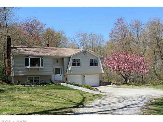 123 Long Hill Rd, Clinton, CT 06413