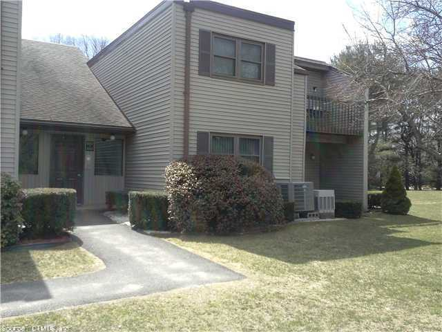 Rental Homes for Rent, ListingId:27675553, location: 1009 TWIN CIRCLE DRIVE South Windsor 06074