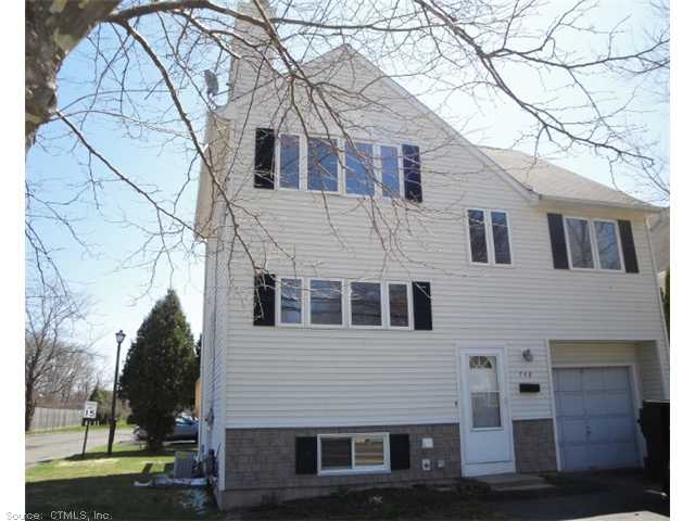 748 S Quaker Ln, West Hartford, CT 06110
