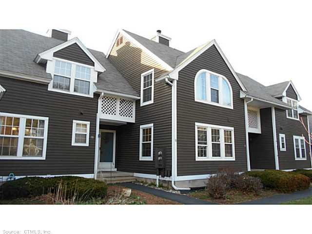 10 Green Meadow Dr, Granby, CT 06035