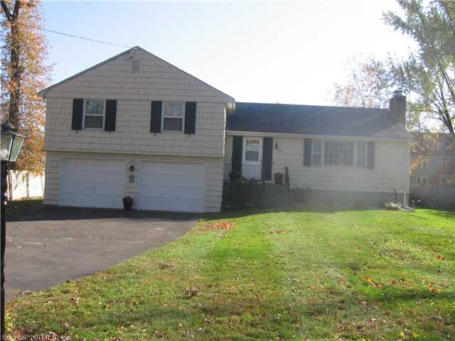 Real Estate for Sale, ListingId: 27840378, W Hartford, CT  06107
