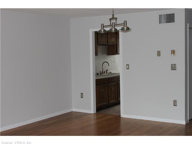 Rental Homes for Rent, ListingId:27915226, location: 19 CEDARLAND CT Cromwell 06416
