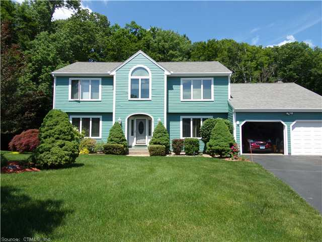 Real Estate for Sale, ListingId: 27958516, Cromwell, CT  06416