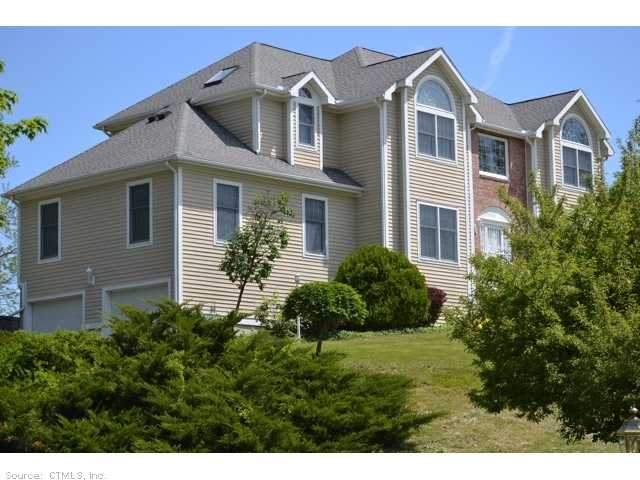 Real Estate for Sale, ListingId: 28274835, Avon, CT  06001
