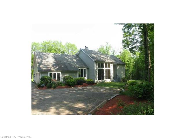 Real Estate for Sale, ListingId: 28437044, Woodbridge,CT06525