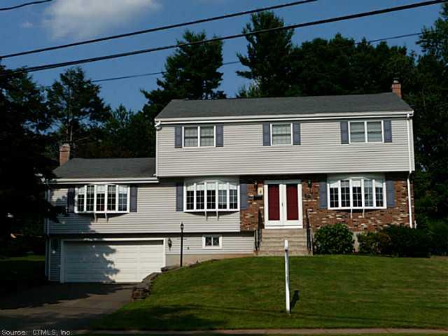 Real Estate for Sale, ListingId: 28632416, W Hartford,CT06107
