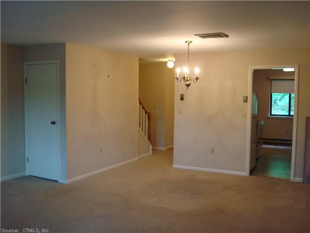 Rental Homes for Rent, ListingId:28773960, location: 9 DEBRA CT Cromwell 06416