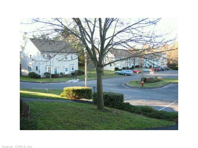 15 Hubbard Run Dr, Glastonbury, CT 06033