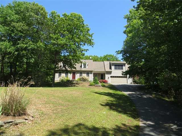 238 Old Cart Rd, Haddam, CT 06438