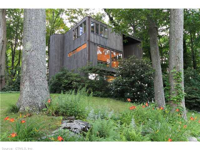34 Trolley Ln, Essex, CT 06426