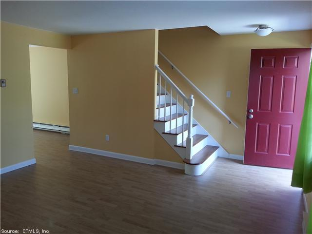 Rental Homes for Rent, ListingId:29177467, location: 80 BRANDYWINE LN Suffield 06078