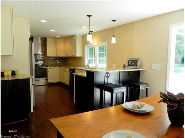 Real Estate for Sale, ListingId: 29198074, Essex,CT06426