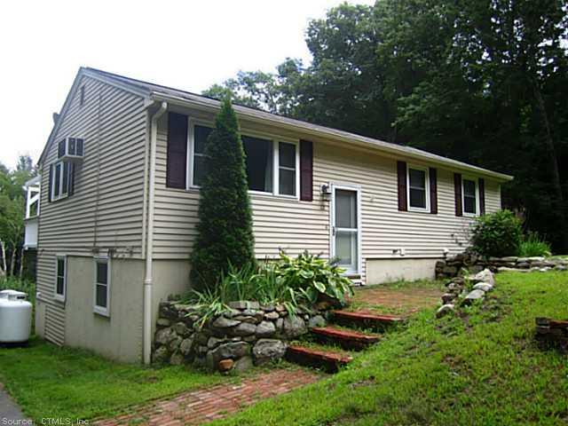 Rental Homes for Rent, ListingId:29537430, location: 22 RICHMOND RD Putnam 06260
