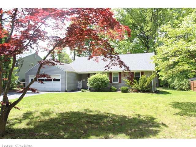 Rental Homes for Rent, ListingId:29725951, location: 383 RIDGEWOOD RD W Hartford 06107