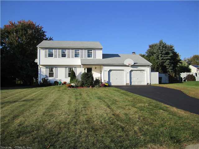 Rental Homes for Rent, ListingId:29801688, location: 65 CHESHIRE DR South Windsor 06074