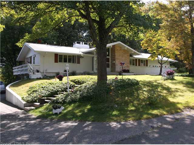 Real Estate for Sale, ListingId: 29952540, Waterbury,CT06708