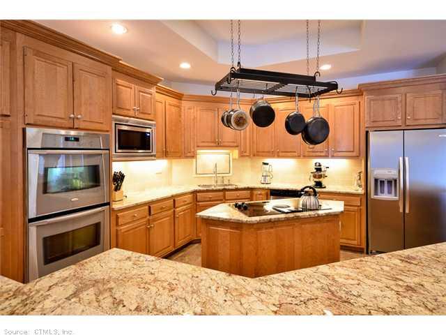 Rental Homes for Rent, ListingId:29967894, location: 44 IVY RD Higganum 06441