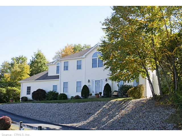 118 Fox Hill Dr, Rocky Hill, CT 06067