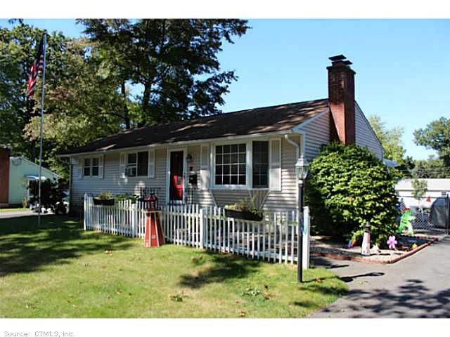 12 Grove Rd, Enfield, CT 06082