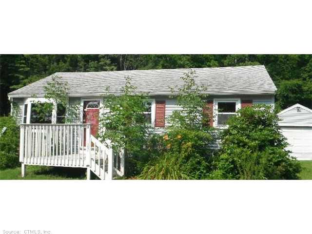 122 Lakeview Dr, Ashford, CT 06278