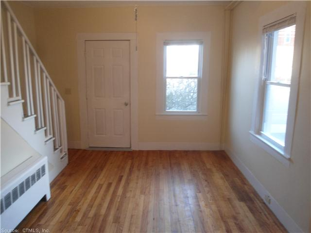 Rental Homes for Rent, ListingId:30335471, location: 123 MAIN ST East Windsor 06088