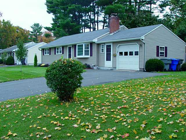 21 Sedor Dr, Enfield, CT 06082