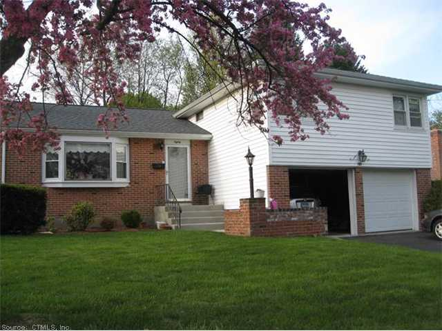 Rental Homes for Rent, ListingId:30399271, location: 80 LYMAN RD W Hartford 06117