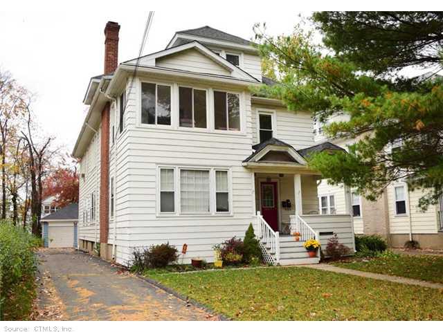 15 Bretton Rd, West Hartford, CT 06119