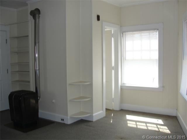 Rental Homes for Rent, ListingId:33140132, location: 406 Church St Apt.1 2nd Fl. Torrington 06790