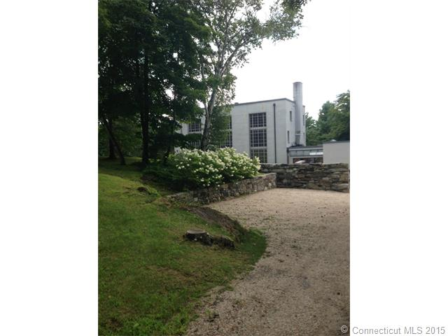 Rental Homes for Rent, ListingId:33356344, location: 71 Under Mountain Rd Canaan 06018