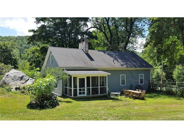Photo of 20 Ashpohtag Rd  Norfolk  CT
