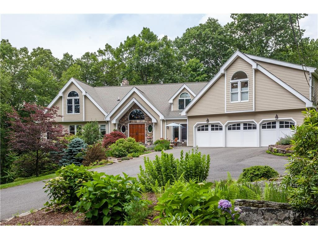 Photo of 12 Chestnut Hill Road  Sherman  CT