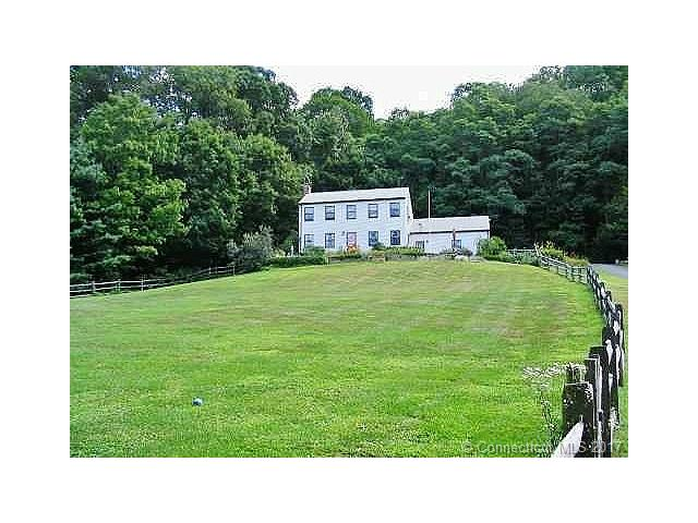 Photo of 28 Old Turnpike Rd  Canaan  CT