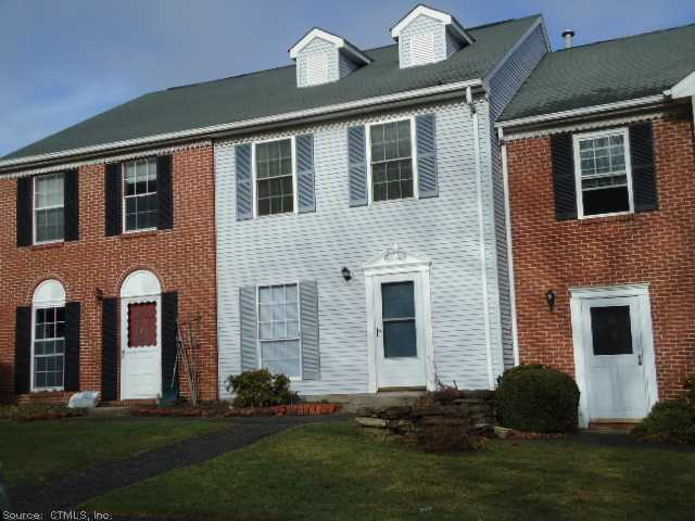 27 Rockledge Loop, Torrington, CT 06790