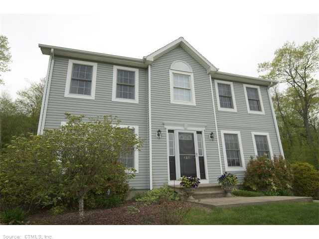 413 Tiffany Ln, Bristol, CT 06010