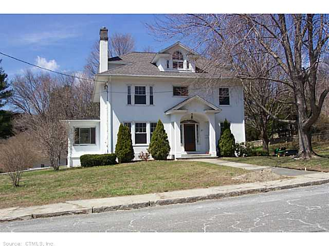 27 Spencer St, Winsted, CT 06098