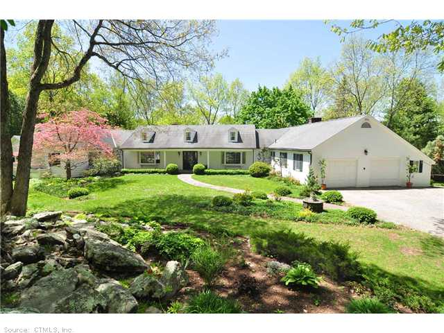 Real Estate for Sale, ListingId: 28047157, Woodbury, CT  06798