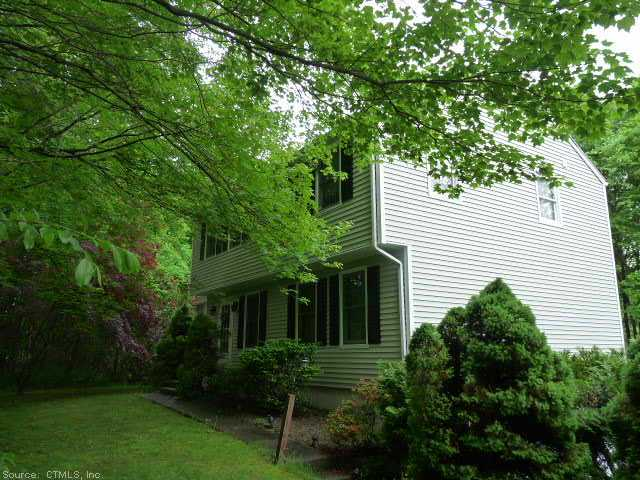 149 Cow Hill Rd, Clinton, CT 06413