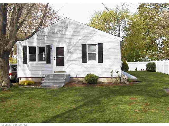 25 Harbor Ave, Madison, CT 06443