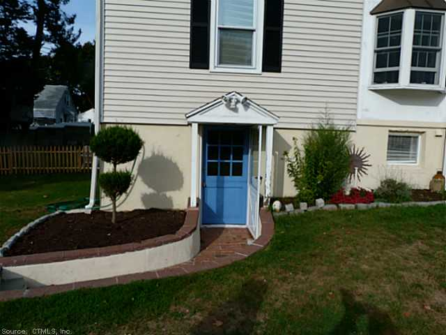 Rental Homes for Rent, ListingId:25560362, location: 17 FAIRLAWN AVE Branford 06405