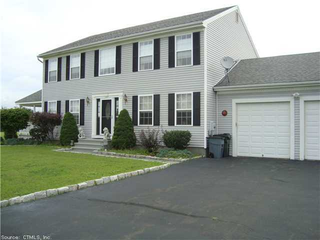 Real Estate for Sale, ListingId: 26621735, North Haven, CT  06473