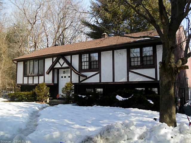 Rental Homes for Rent, ListingId:27038722, location: 549 WEST WOODS ROAD Hamden 06518