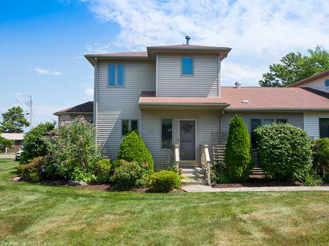 Real Estate for Sale, ListingId: 27867916, E Haven,CT06513