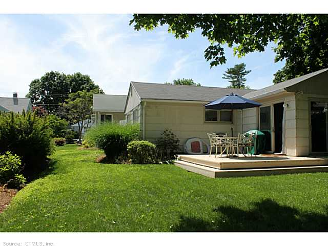 Rental Homes for Rent, ListingId:28686641, location: 23B SPRING ROCK RD Branford 06405