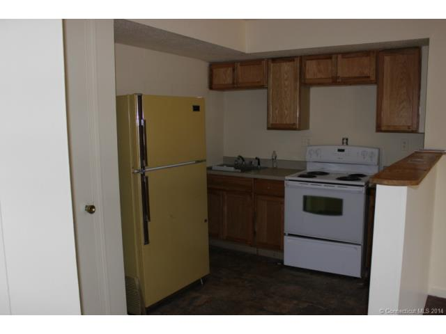 Rental Homes for Rent, ListingId:31030551, location: 920, Unit #f Whalley Ave New Haven 06515