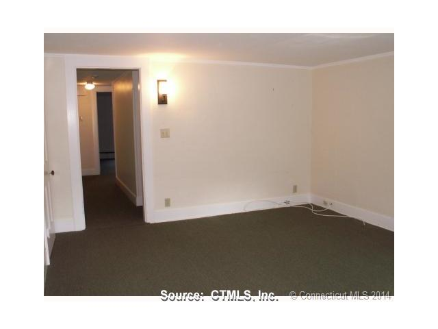 Rental Homes for Rent, ListingId:31067671, location: 145 East Main Clinton 06413
