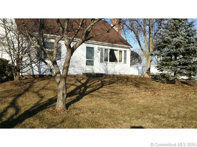 Rental Homes for Rent, ListingId:31274943, location: 23 Edgewood St Cromwell 06416