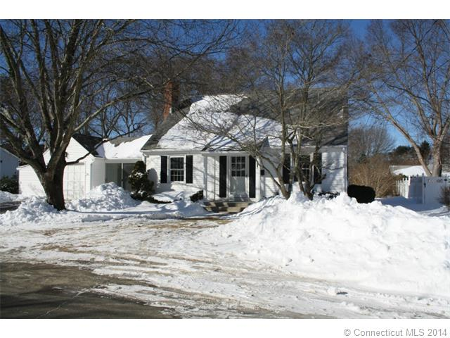 Rental Homes for Rent, ListingId:31502488, location: 7 Crowley Dr Old Saybrook 06475