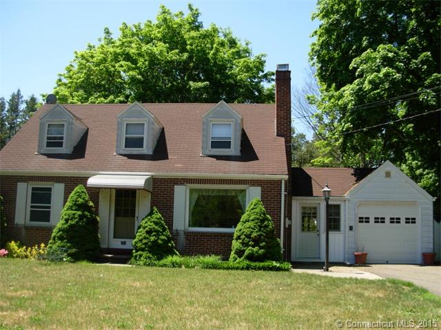 Photo of 142 Maple Ave  North Haven  CT
