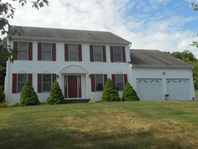 Real Estate for Sale, ListingId: 33742144, North Haven,CT06473